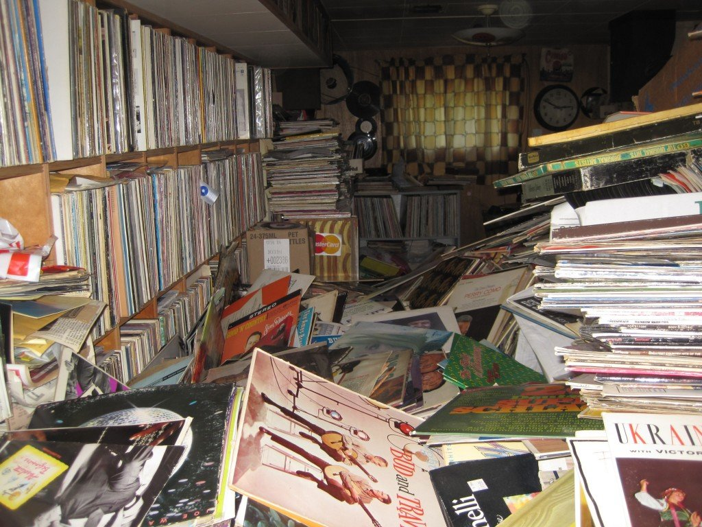 Music Store Buys Hoarder House Collection Of 250 000